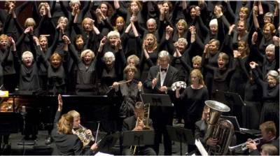 A photo of the Chapel Hill Community Chorus